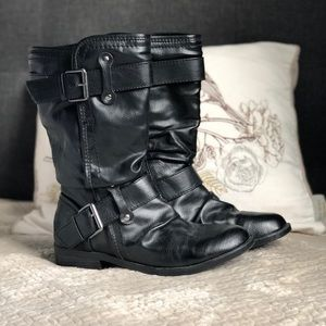 REPORT black leather double-buckle boots